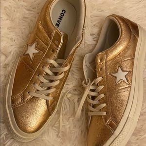 Converse leather gold sneakers. SEND OFFERS!